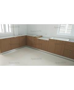 ชุดครัว Built-in ตู้ล่าง โครงซีเมนต์บอร์ด หน้าบาน Laminate สี Pecan Woodline ลายไม้