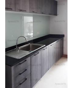 ชุดครัว Built-in ตู้ล่าง โครงซีเมนต์บอร์ด หน้าบาน Laminate สี Shadow Oak ลายไม้