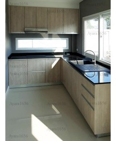 ชุดครัว Built-in ตู้ล่าง โครงซีเมนต์บอร์ด หน้าบาน Laminate สี Powdered Oak ลายไม้