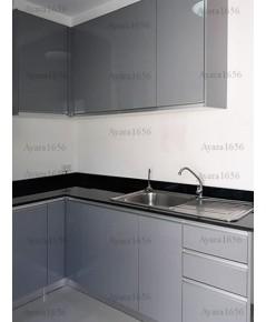 ชุดครัว Built-in ตู้ล่าง โครงซีเมนต์บอร์ด หน้าบาน Hi Gloss สีเทา