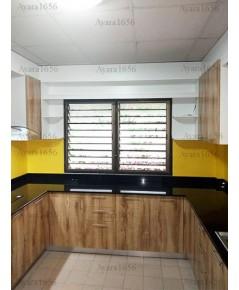 ชุดครัว Built-in ตู้ล่าง + ตู้สูง โครงซีเมนต์บอร์ด หน้าบาน Melamine สี Maple