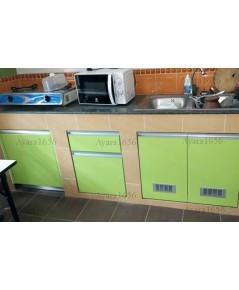 ชุดครัว Built-in ตู้ล่าง + วงกบ โครงซีเมนต์บอร์ด หน้าบาน Laminate สี Lime