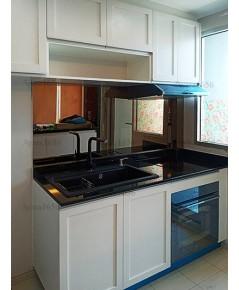 ชุดครัว Built-in ตู้ล่าง โครงซีเมนต์บอร์ด หน้าบาน Laminate สี Dover White