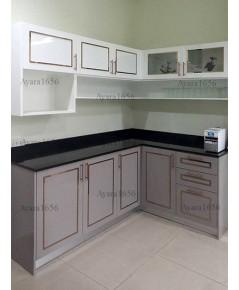 ชุดครัว Built-in ตู้ล่าง โครงซีเมนต์บอร์ด หน้าบาน Hi Gloss สีเทา + สีขาว