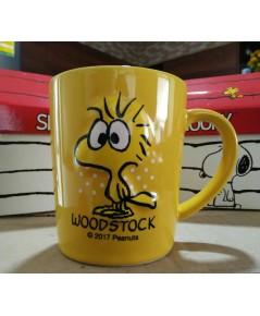 1 ใบ สีเหลือง แก้วมัคสนูปปี้ ของสะสมพรี่เมี่ยม สินค้าเซเว่นอีเลเว่น 7-11 Snoopy Mug Limited edition
