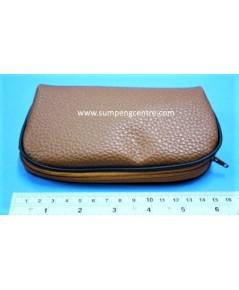 กระเป๋าหนังช้างเทียม - 6 นิ้ว
