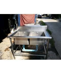 ซิ้งล้างจาน 2 หลุม สแตนเลสหนา ลึก30cmขายถูกๆ แถมก๊อกสายน้ำดีครบพร้อมใช้งาน