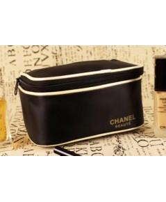 Chanel Black Cosmetic Train-case กระเป๋าเครื่องสำอางสีดำขลิปทองทรงกล่องสี่เหลี่ยม