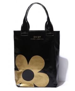 Marc jacobs Golden Daisy Printed Tote Bag กระเป๋าpvcสีดำสกรีนลายดอกเดซี่สีทอง