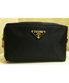 Prada Black Nylon Rectangle Cosmetic Pouch กระเป๋าเครื่องสำอางผ้าไนล่อน (สีดำ)