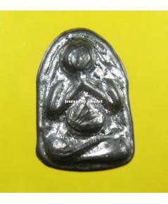 พระปิดตามหาลาภ (ฉลองอายุครบ 72 ปี) เนื้อตะกั่ว ปี 52 ลพ.ตี๋ วัดหูช้าง