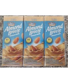 น้ำนมอัลมอนด์บรีซ ลาเต้(แพ็ค) Almond Breeze Almond Milk.