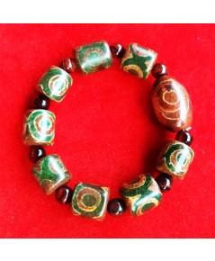 สร้อยข้อมือ หินทิเบตหินตาลูกปัดอาเกตสีเขียวธรรมชาติหินพุทธศาสนาประมาณ 14-15 มิลลิเมตร