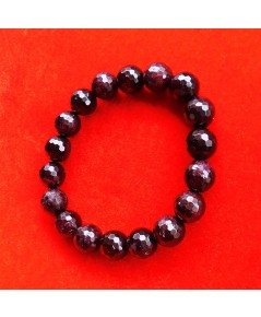 สร้อยข้อมือหินมงคลโกเมน พลอยกลมสีแดงแก่กล่ำ 10 มิล 18 เม็ด เสริมสิริมงคล มีโชคลาภ มั่งคั่งร่ำรวย 1