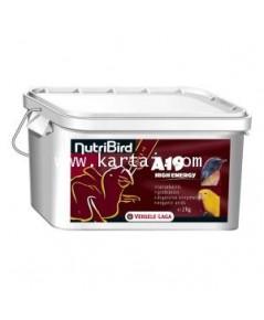 NutriBird A19 H.E ฝาขาว สูตรโปรตีนนม ไขมัน และพลังงานสูง สำหรับนกเล็ก-นกใหญ่ ทุกชนิด บรรจุ 3 KG.