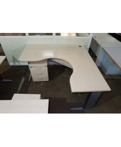 โต๊ะทำงานเข้ามุมมือสอง