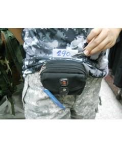 กระเป๋ามีรูร้อยผ่านเข็มขัดแนวนอน ยี่ห้อ dakar