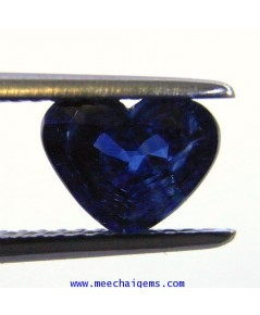 พลอยไพลินจันท์แท้รูปหัวใจ น้ำหนัก 1.61 กะรัต