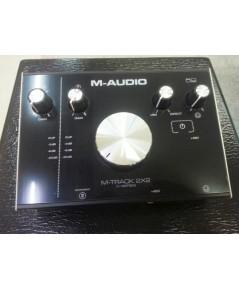 M-audio M-track 2x2 ออดิโออินเตอร์เฟส 2 in/out เสียงดีธรรมชาติ อัดเครื่องดนตรีหรือร้องเพลง พกพาสะดวก
