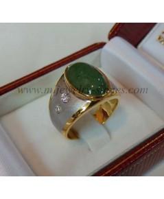แหวนหยกพม่าประดับเพชรแท้ 0.10 cts.(งานสั่งทำ)