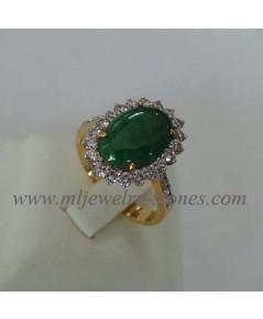 แหวนหยกพม่าประดับเพชรแท้ 0.76 cts.