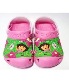รองเท้า Croc เด็กลายดอร่า