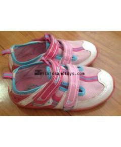 รองเท้าผ้าใบสีชมพู size 28 cm