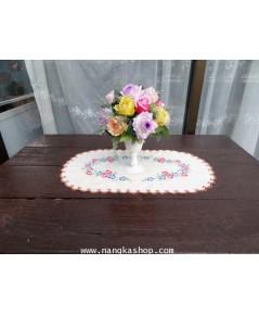 ผ้ารองแจกันดอกไม้แบบปักลาย