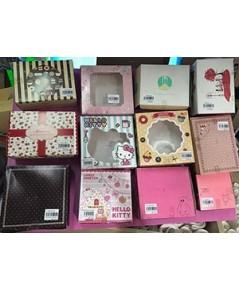 กล่องกระดาษใส่เค้ก (Paper cake box or snack box) บรรจุ 5 ชิ้นต่อ pack