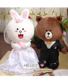ตุ๊กตาไลน์  โคนี่+หมีบราวน์ ในชุดแต่งงาน