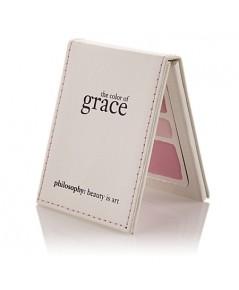 Philosophy The Color of Grace Blush พาเลตปัดแก้มโทนชมพูหวาน 3 สี พร้อมไฮไลท์ในตลับหนังสุดหรูค่ะ