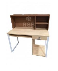 โต๊ะทำงาน พร้อมชั้นวาง ขาเหล็กกล่องตัว C  ขนาด 150 x 60 สูง 120 cm. รหัส 3338