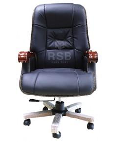 เก้าอี้ทำงาน ผู้บริหาร เบาะหนังสีดำ แขนไม้ โครงเหล็กหนาทั้งตัว รหัส 3367