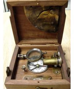 นาฬิกาแดดและเข็มทิศ  T.COOKE & SONS LONDON 1858 - MUST LOOK