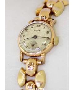 นาฬิกาข้อมือ NISUS