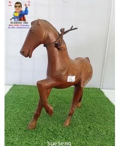 ม้าไม้ สีน้ำตาล