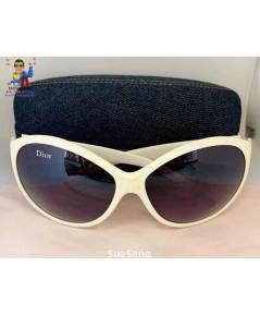 แว่นกันแดด Dior (เทียมดี)