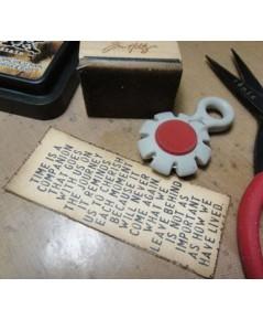 Tonic studio Paper Distresser เครื่องตกแต่งขอบกระดาษให้เป็นแนววินเทจ ตกแต่งให้แปลกตาหรือสไตส์วินเทจ