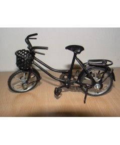 จักรยานงานฝีมือ ทำจากเหล็กทั้งคัน ล้อหมุนได้ สวยมาก ไว้โชว์