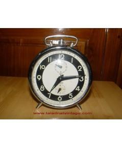 นาฬิกาปลุกโบราณ Motre ระบบไขลาน ใช้ได้ปกติ