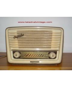 วิทยุหลอดเยอรมัน TELEFUNKEN UKW-FM CAPRICE 8  ใช้งานได้ปกติ