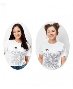 เสื้อยืดคอกลมพิมพ์ลาย ออกแบบโดย โอ๋ ฟูตอง / สีขาว