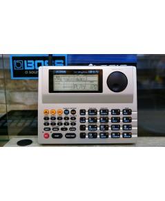 BOSS DR-670 ริทึ่มบอกซ์กลองไฟฟ้ามีเสียงกลองใสละเอียดสมจริงมาก ซาวด์เบสในตัว Fillจังหวะได้ 256เสียง เ