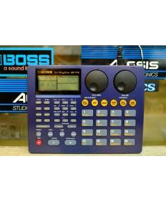 BOSS DR-770 (MADE IN JAPAN) 255เสียงกลอง เซฟได้400จังหวะ โปรแกรมได้64ชุดกลอง ลงชุดจังหวะไทยให้แล้ว ร