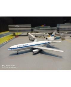 HW534628 1:500 Finnair DC-10-30 OH-LHA [Width 10.5 Length 11.5 Height 3 cms.]
