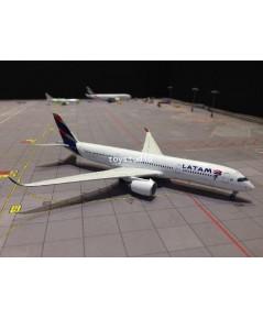 JC WINGS 1:400 LATAM A350-900 PR-XTD LH4017