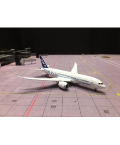 JC WINGS 1:400 Boeing 787-8 N7874 FD LH4057A