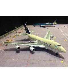 INFLIGHT 1:200 Saudi 747SP HZ-HM1B Royal Flight IF747SP0917