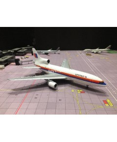 JC WINGS 1:200 United L-1011-500 N501PA XX2061