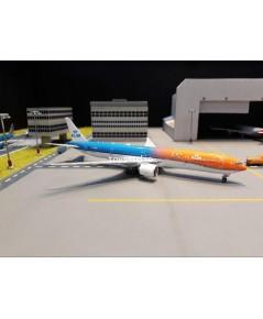 PHOENIX 1:400 KLM 777-300ER Orange 100 Years PH-BVA100 PH1563